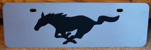 Mustang running horse black s/s plate half high