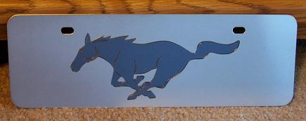 Mustang running horse gray s/s plate half high