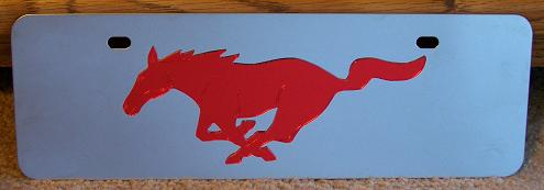 Mustang running horse red s/s plate half high