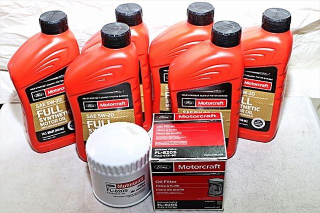 Motorcraft 6qt 5W-20 Full Synthetic Oil change kit 4.6